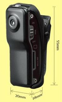 Мини-видео-рекордер с камера за снимане на спортни събития - монтира се лесно в автомобил, мотор, джип, колело, скейборд, - възможност за монтаж на каска
